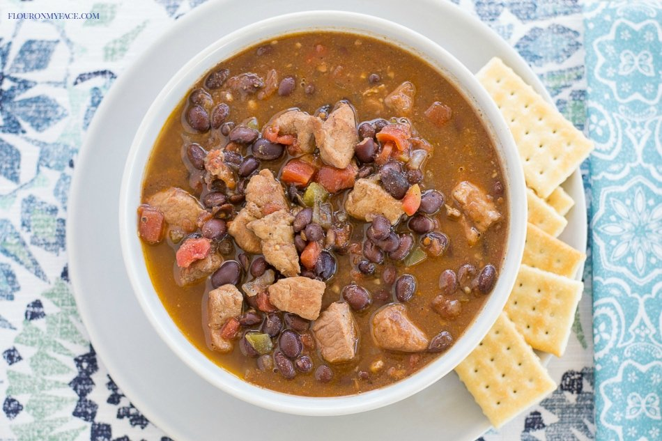 Crock Pot Black Bean Chili recipe via flouronmyface.com