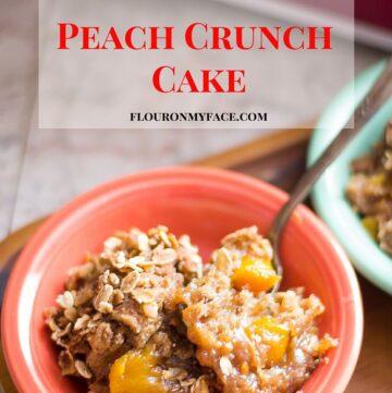 Crockpot recipe: Crock Pot Peach Crunch Cake recipe via flouronmyface.com