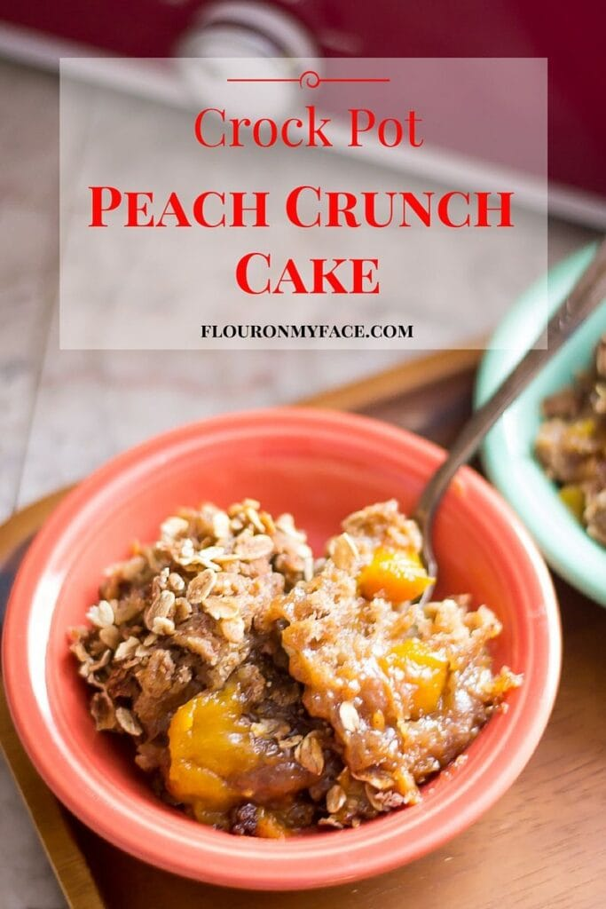 Crockpot recipe: Crock Pot Peach Crunch Cake recipe via flouronmyface.com