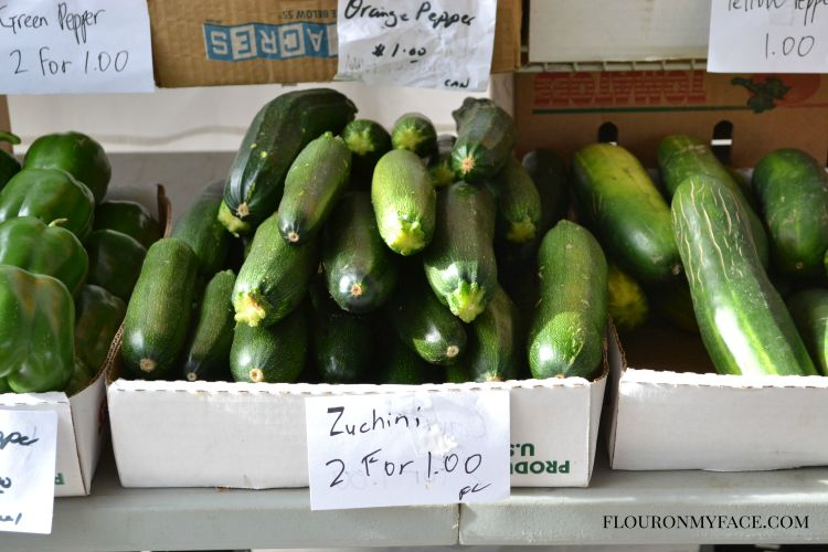 Fresh Zuchini at the framers market via flouronmyface.com