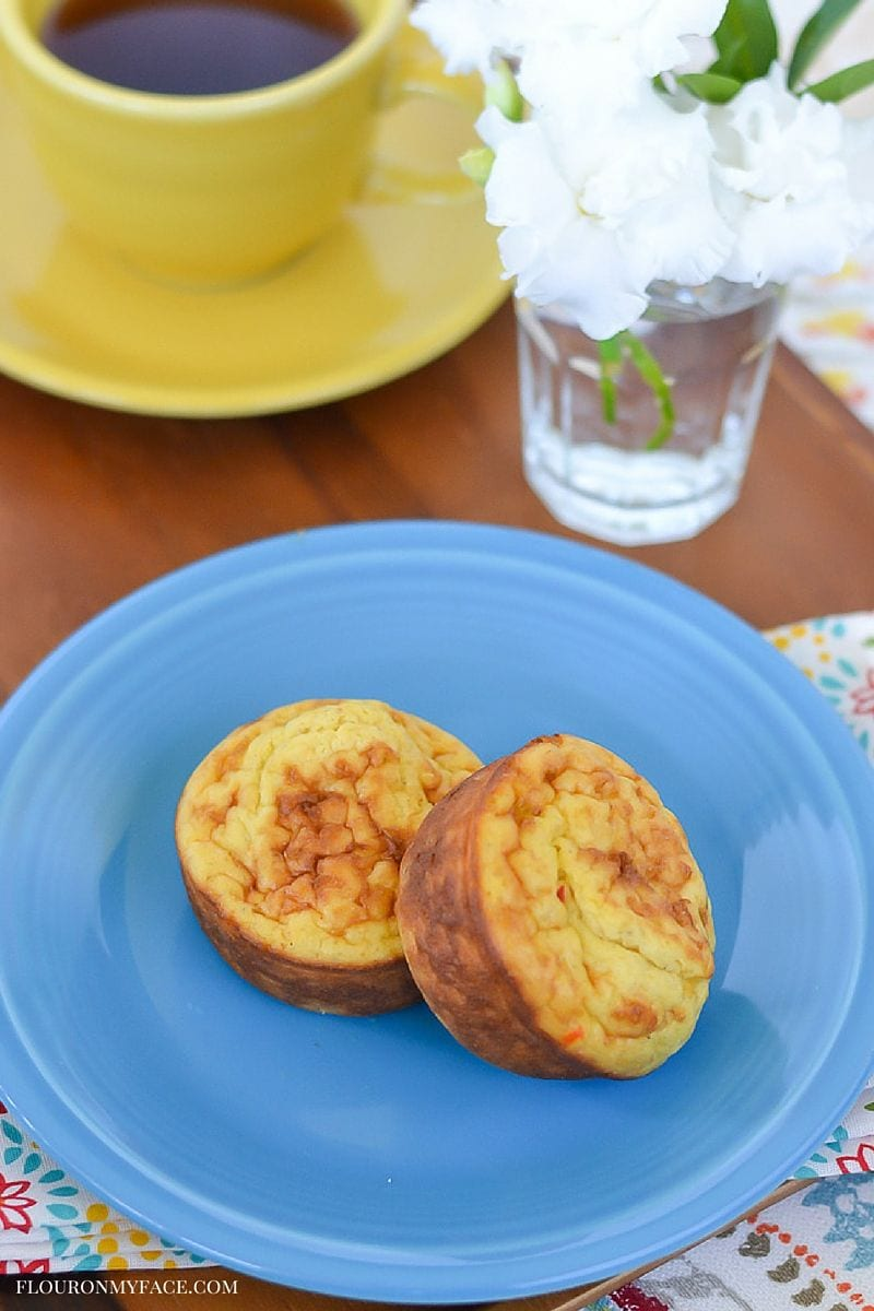 Jimmy Dean Delights Frittatas are an easy 2 minute low carb breakfast option via flouronmyface.com #ad #JimmyDeanDelights