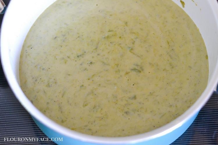 Creamy asparagus soup recipe via flouronmyface.com