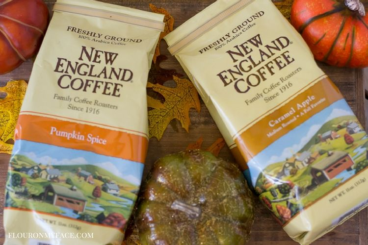 New England Coffee Fall Flavors-Pumpkin Spice and Caramel Apple Coffee is available in k-cups or ground coffee via flouronmyface.com #ad