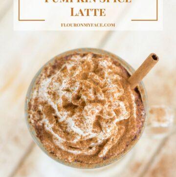 Crock Pot Pumpkin Spice Latte recipe via flouronmyface.com