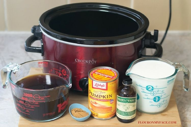 Crock Pot Pumpkin Spice Latte ingredients via flouronmyface.com
