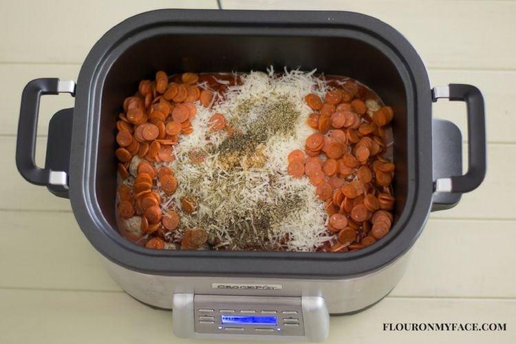 Crock Pot Slow Cooker Pepperoni Meatball Subs via flouronmyface.com #ad #crockpotrecipes