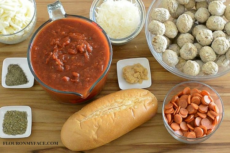 Crock-Pot® Slow Cooker Pepperoni Pizza Meatball Subs ingredients