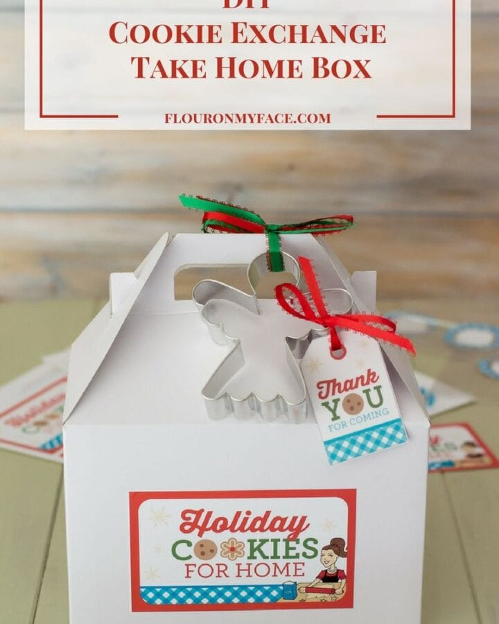 DIY Christmas Cookie Exchange Take Home Box via flouronmyface.com