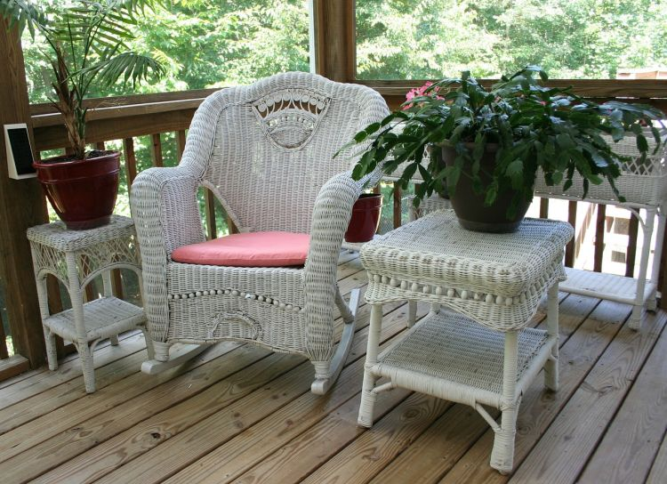 Maintain wicker patio furniture during fall and winter via flouronmyface.com