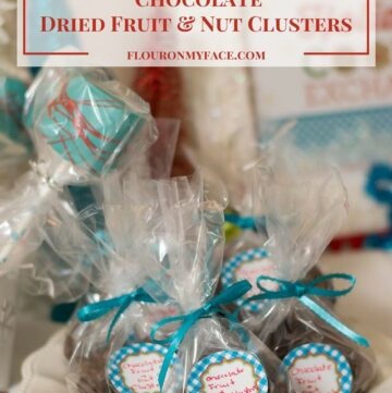 Homemade Christmas Candy Recipe: Crock Pot Chocolate Dried Fruit-Nut Clusters via flouronmyface