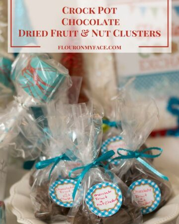 Homemade Christmas Candy Recipe: Crock Pot Chocolate Dried Fruit-Nut Clusters via flouronmyface