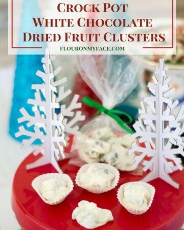 Crock Pot White Chocolate Dried Fruit Clusters recipe via flouronmyface.com