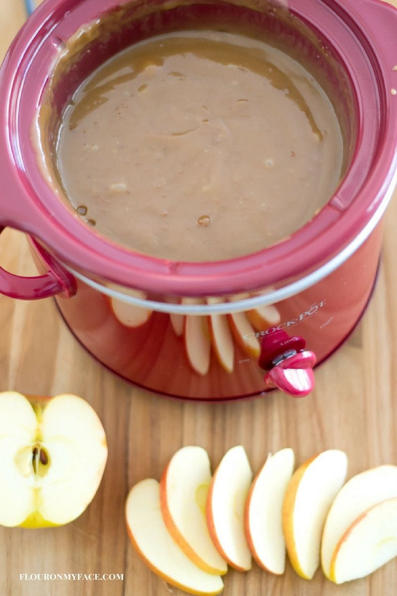 Crock Pot Slow Cooker Apple Caramel Dip recipe via flouronmyface.com