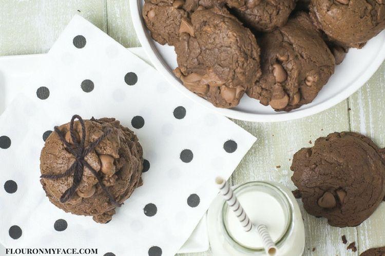 Nut Free Cookie Recipe via flouronmyface.com