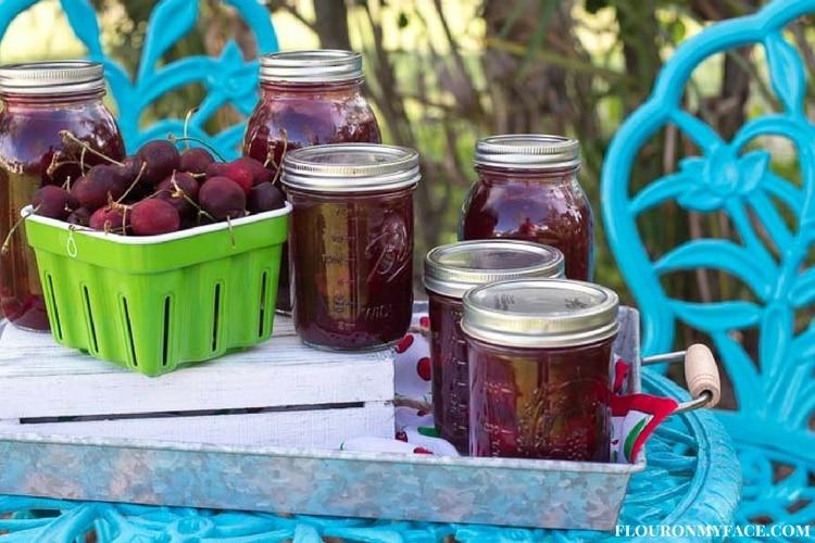 Preserving Fresh Cherries via flouronmyface.com