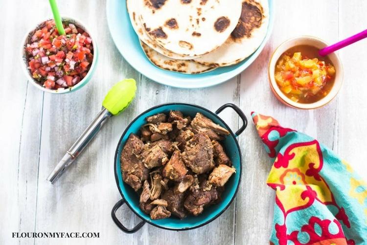 Crock Pot Carnitas recipe- Mexican Pulled Pork recipe via flouronmyface.com