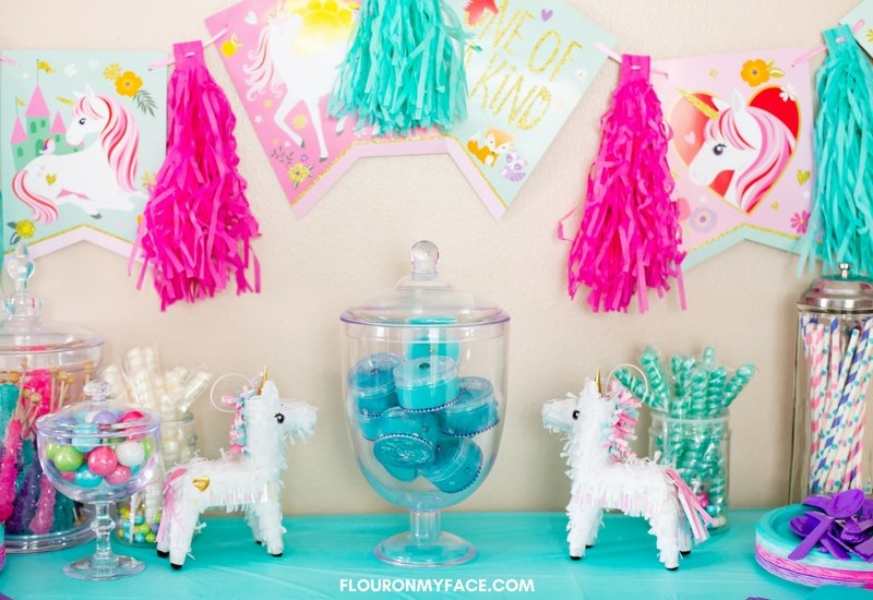 Fun and Enchanting Unicorn Slime Party Favors - Flour On My Face
