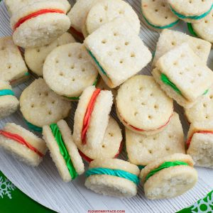 Christmas Sandwich Cookies
