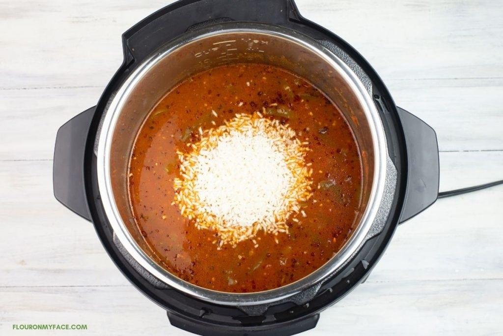 Adding Instant Rice to a bell pepper soup in the Instant Pot