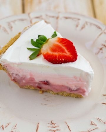 sliced strawberry pudding pie.